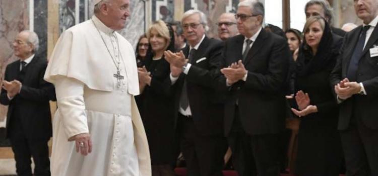 Papa Francesco parla ai Notai
